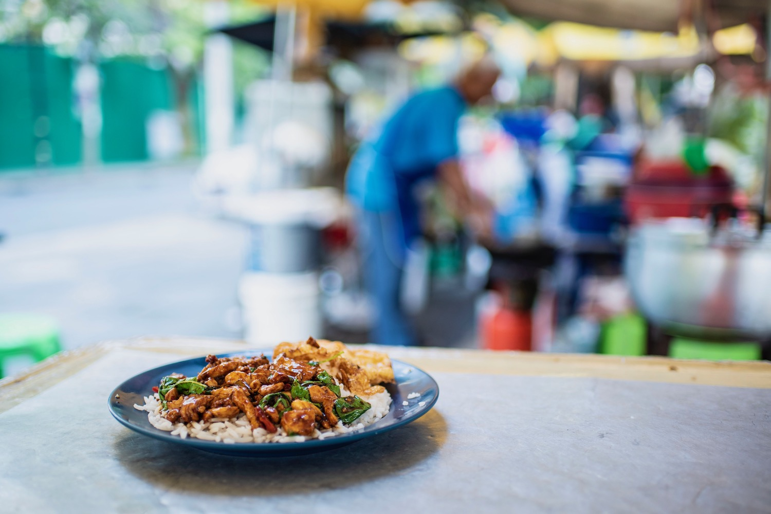 How to Eat Right on Your Trip to Thailand